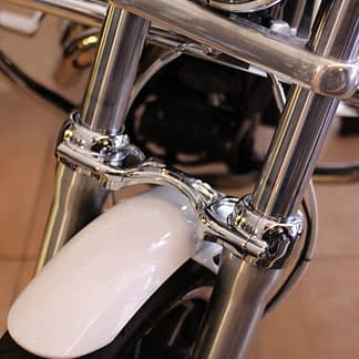 dyna chrome fork brace