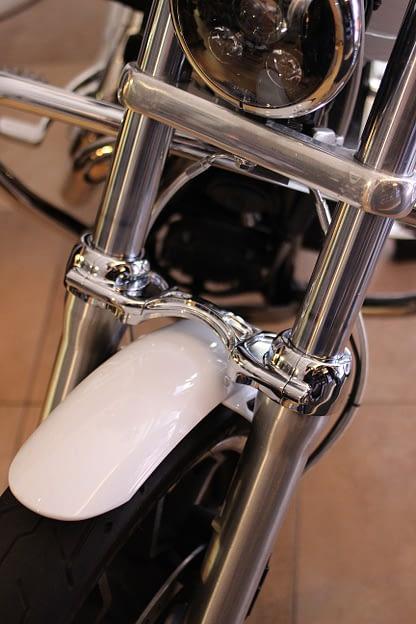 dyna chrome fork brace